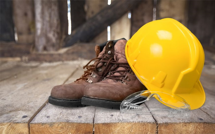 Construction Boots with Hard Hat